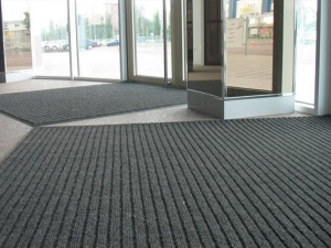 Варіанти брудозахисних килимів